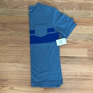 Boys Tucker + Tate gray/blue T-shirt size Large